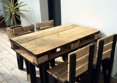 Ensemble table et chaises d'extérieur Bedford