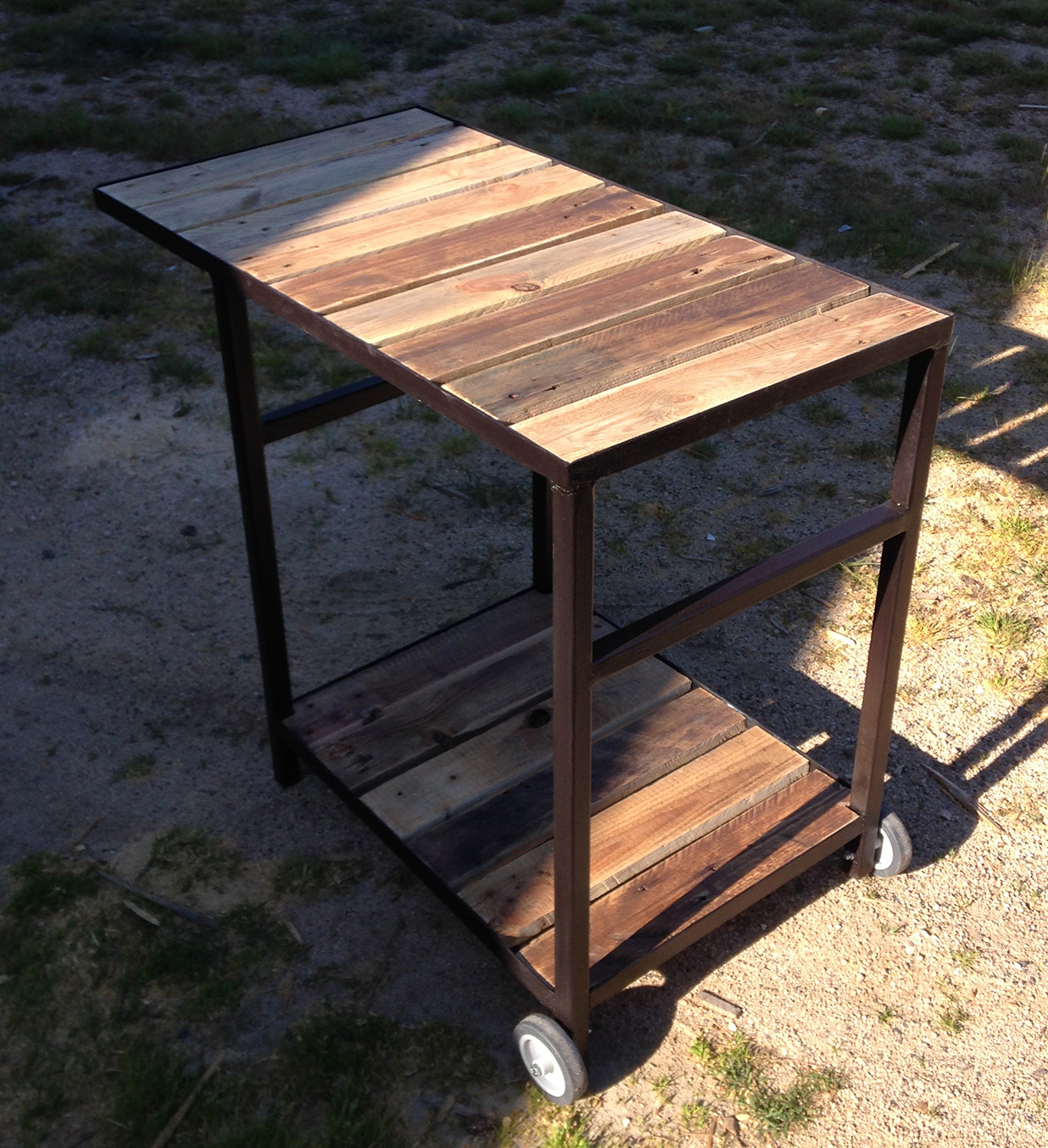 Table Bois Metal Exterieur lilou in the wood - mobilier extérieur en bois sur mesure