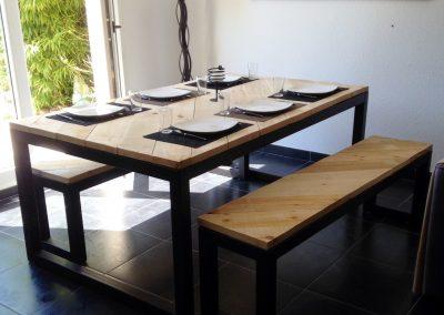 Table à dîner et bancs Bacchus