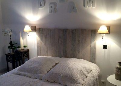 Tête de lit Luonne lasuré blanc