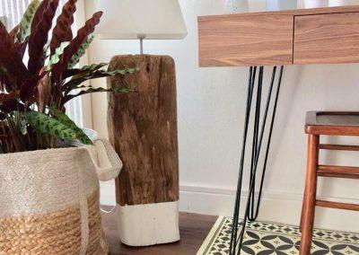 Lampe bois flotté - Décoration originale en bois