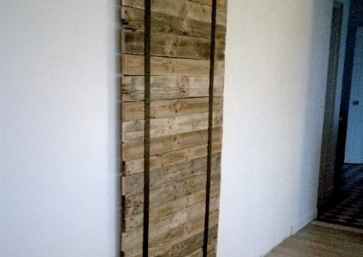 Porte coulissante bois-métal - Décoration originale sur mesure en bois