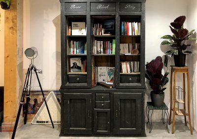 Bibliothèque Riverblack - Meuble en bois sur mesure (1b)