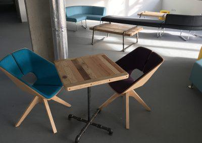 Halle Créative de Saint Jean de Luz - Table basse et fauteuils