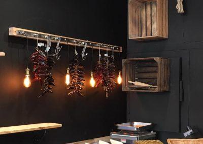 Meubles sur mesure professionnels Restaurants - Txantxangorriak Luminaires déco 11