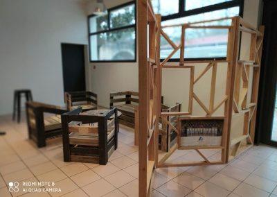 Meubles sur mesure professionnels Restaurants - Table fauteuils banquette Claustra séparations Bakarxoko