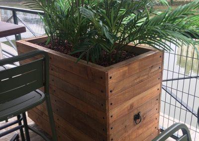 Cache-pot sur mesure - Mobilier d'extérieur et décoration en bois 1